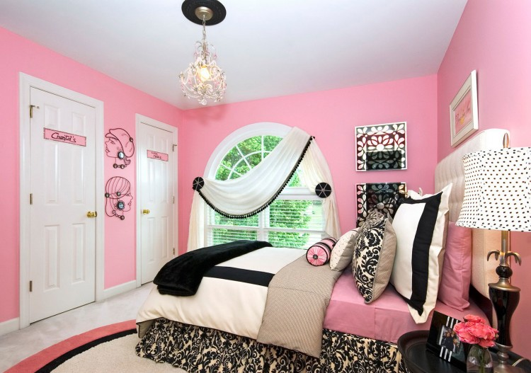 black and pink bedroom ideas love the idea of same color in different shades would never
