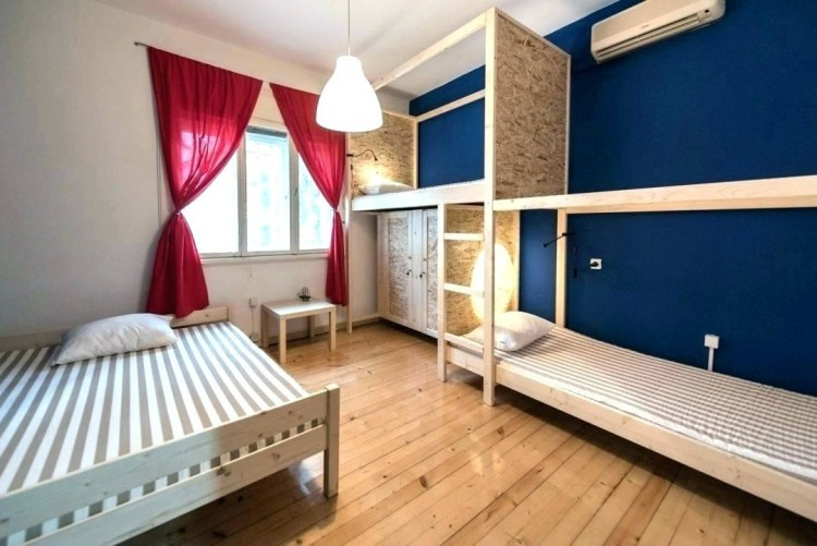 3 beds in one room ideas