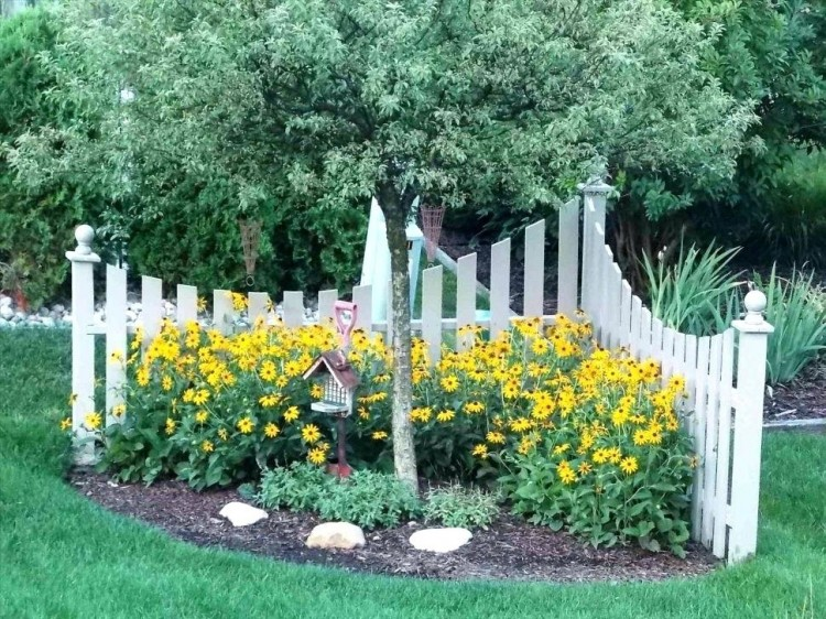 flower bed fence ideas barrier line beautiful and cheap garden for privacy  green gold decorating fascinating