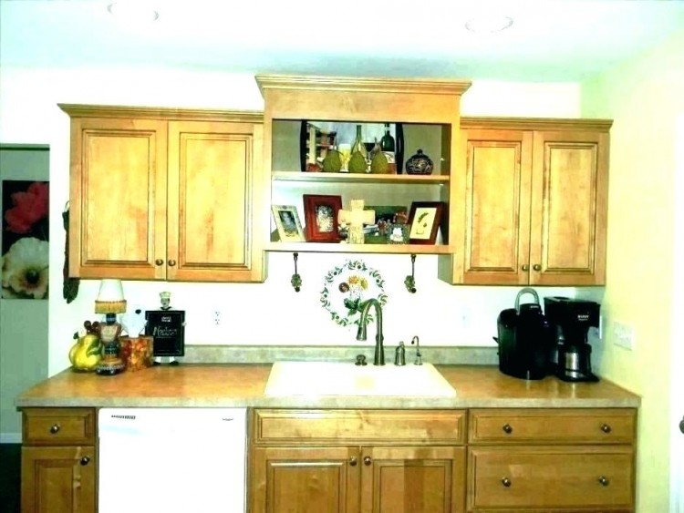 decorating kitchen cabinet tops photos decorating kitchen cabinet tops above cabinet decor modern above cabinet decorating