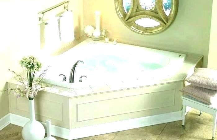 tub decorating ideas small bathrooms