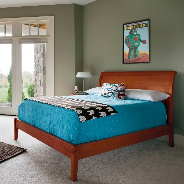 Standard Furniture NathanKing Sleigh Bed Image shown may not represent bed  size indicated
