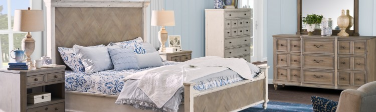Jennily Queen Bed with 2 Nightstands, Whitewash,